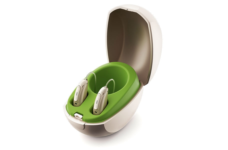 packshot_phonak_mini_charger_case_open_with_hi_912x600.jpg
