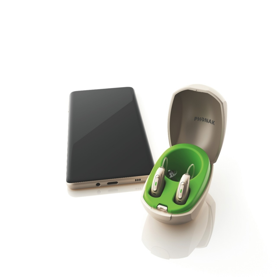 Phonak Paradise hearing aid. Universal connectivity
